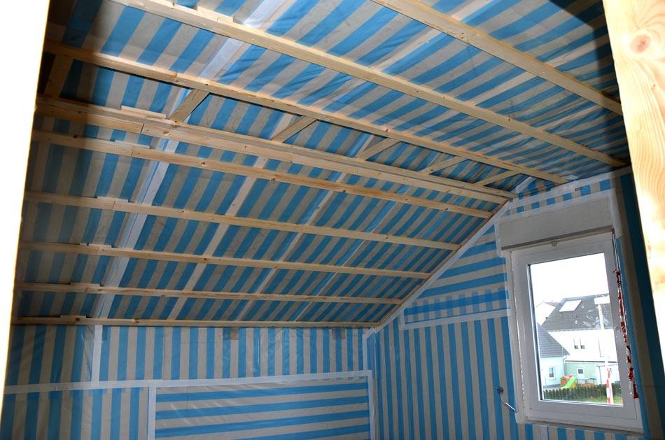 tag 125 dachgeschoss dampfbremsfolie und lattung heim am main. Black Bedroom Furniture Sets. Home Design Ideas