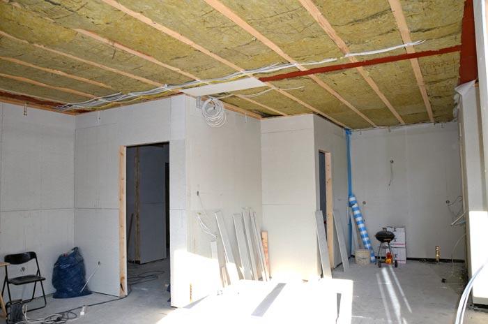Küche mit Fermacellplatten von Wohnzimmer aus