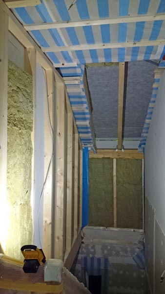 Treppenhaus ohne Rigipsplatten