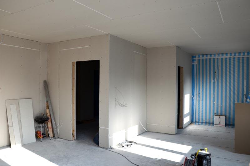 Wohnzimmer-Küche Rigips an Nordwänden