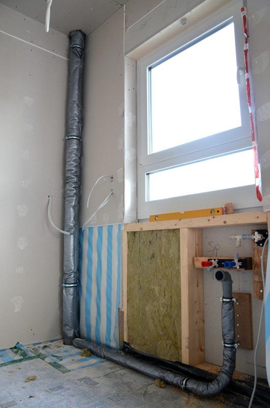 Küche Abflussleitungen und Abfluss Bad