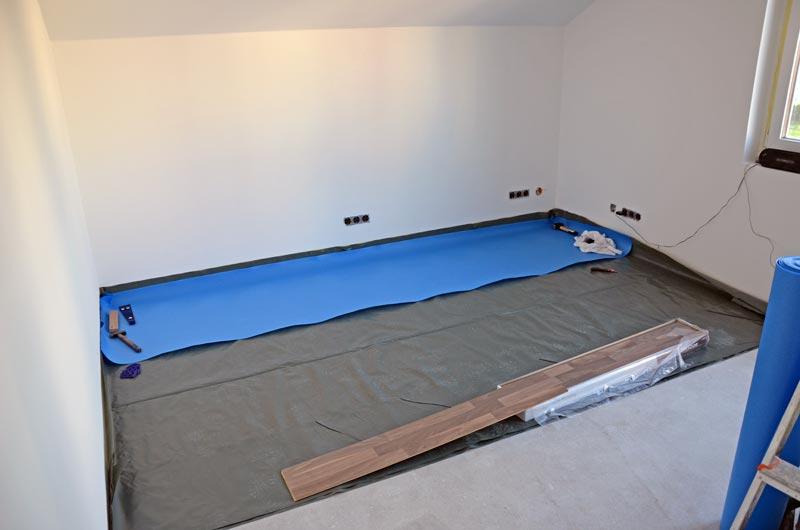 laminat verlegen trittschalldammung wohndesign. Black Bedroom Furniture Sets. Home Design Ideas